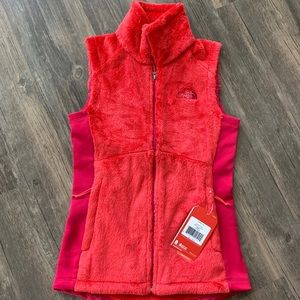 NWT North Face Osito Vest
